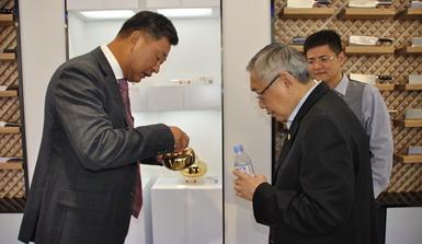 印尼金锋集团董事长林文光一行来到杭州张小泉五金科技园调研考察